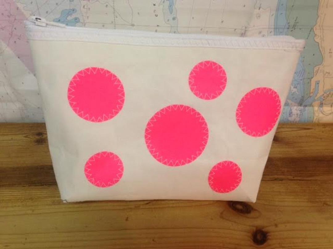 Toilettas roze bollen - Shopping De Panne