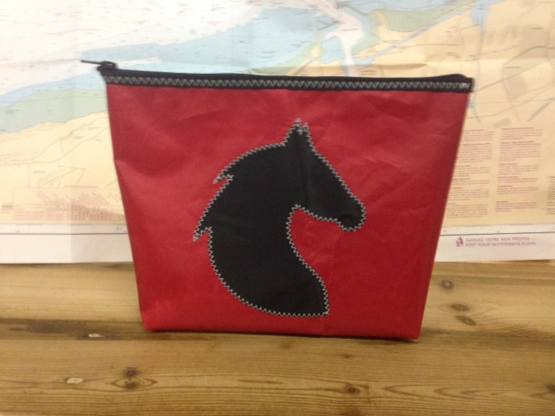 Toiletzak groot Paard (rood) - Shopping De Panne