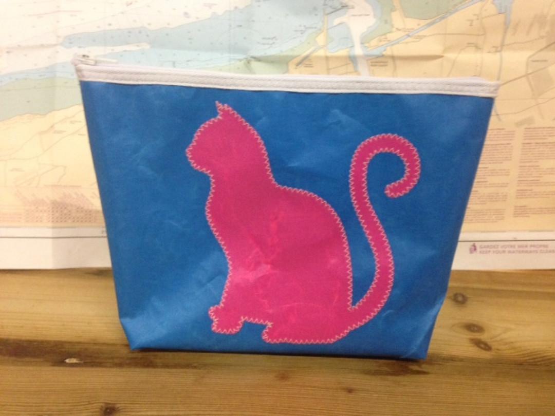 Toiletzak groot kat (blauw) - Shopping De Panne