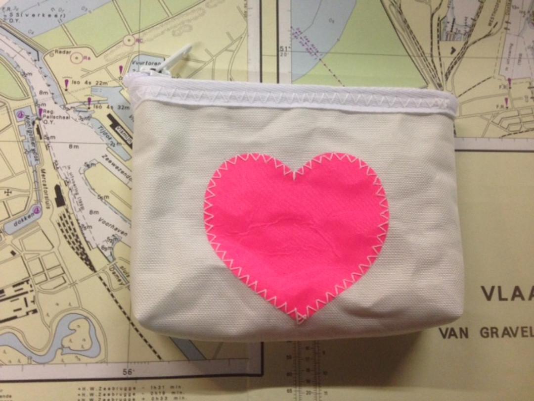 Geldbeugel roze hart - Shopping De Panne