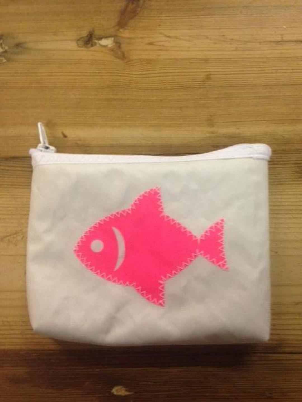 Geldbeugel roze vis (5) - Shopping De Panne