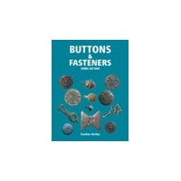 (UK) Buttons and Fasteners - Shopping De Panne